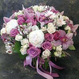 доставка букетов живых цветов