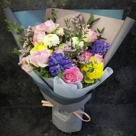 красивые цветы любимой подруге