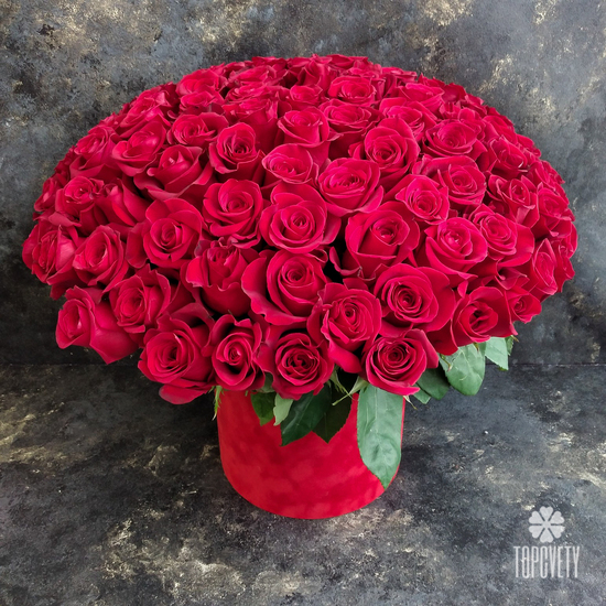 красные розы 50 см
