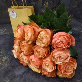 розы 17 штук